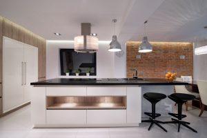 come pulire cucina laccata lucida