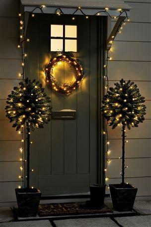 decorare porte per natale