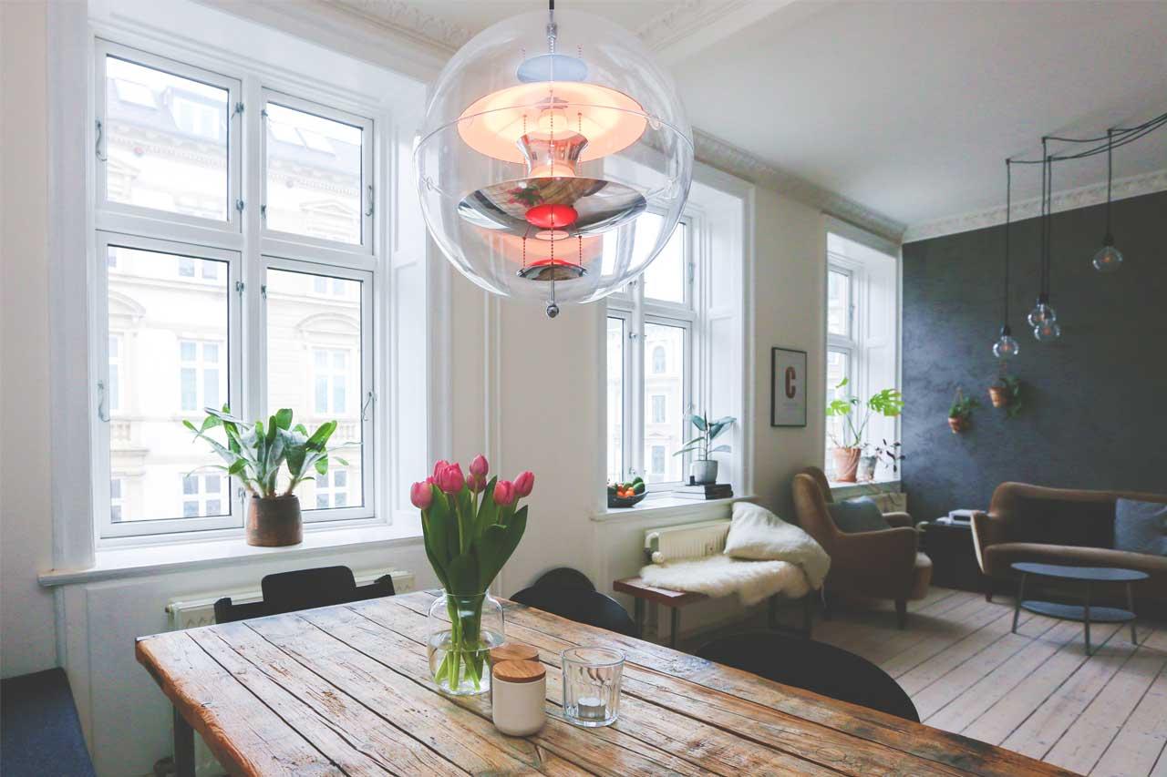 Come abbinare porte e finestre per una casa perfetta for Finestre bianche