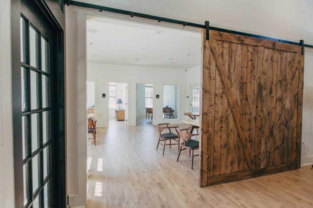 Porte interne per case piccole come scegliere finmaster for Case interne